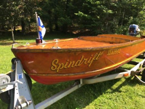Beautiful 13' paceship 1958 made in NS!