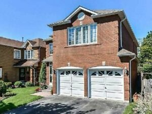 Spectacular 4 Bedroom Detached House.