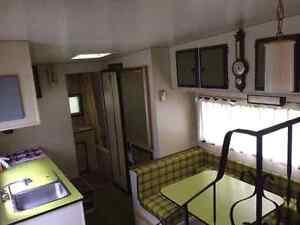 1974 skylark 22 foot fifth wheel trailer mint condition