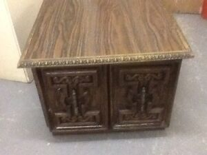 Plate(Japan), Lamps, scale, TV stand &cabinet Kitchener / Waterloo Kitchener Area image 9