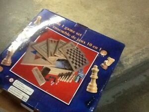 Games:Chess-onyx, wood, glass, 10 in 1 games Kitchener / Waterloo Kitchener Area image 5