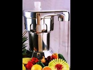 Ruby commercial juicer ( like brand new ) newest model