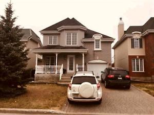 Maison 3 + 1 chambres Ste-Dorothée, beau quartier.
