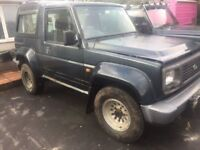 X 2 Daihatsu 4x4s for spare repair 2.8 diesel's