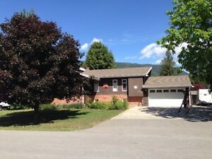Home in Sicamous for rent.