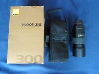 Nikon Nikkor AF-S 300 F4D IF-ED lens (used) with UV filter and soft carrying case