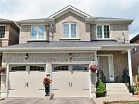 Beautiful 3 beds Detached house/ (Sandalwood Pkwy/Chinguacousy)