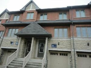 Stunning 3 BR/3WR 4 Year old Townhouse for rent in Mississauga