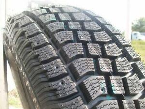 MINT TAKEOFF SNOW TIRES 275 65 18AVALANCHE EXTREME