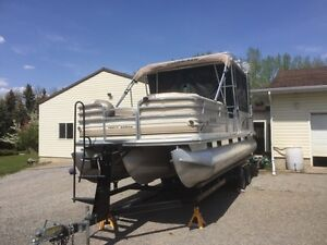 Double Decker Pontoon boat