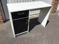 Sywell Black & White Desk