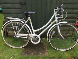 Vintage Raleigh Ladies Bike Liz Pepperell limited edition Caprice in great condition