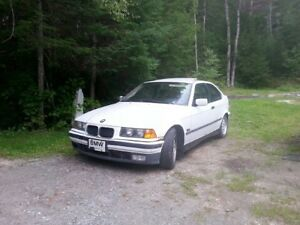 BMW 318TI 4 CYLINDRE 1.8 LITRE