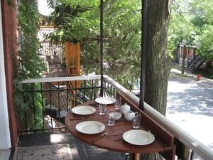 Plateau 'in the heart' June 25 - 30  Lux Quiet Upper 400$ 6 days