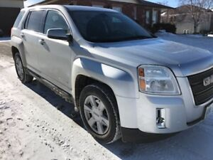 REDUCED 2010 GMC TERRAIN  -  CERTIFIED AND E TESTED