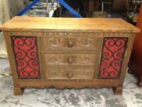 beautiful oak sideboard /dresser