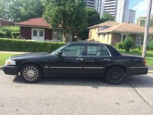 2010 Mercury Grand Marquis Sedan