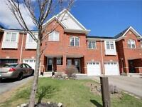 Townhouse For Rent In NewMarket - 3 Bdrm,2.5 bath
