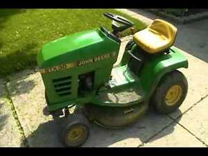 John Deere lawnmower tractor