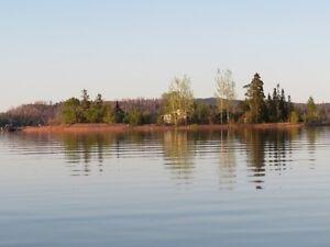 Lake Superior Sarrat island