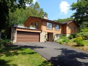 A PERFECT FAMILY HOME !  HISTORIC PICTOU !