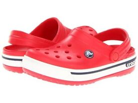 New crocs unisex crockband clogs red and white 10-11 years only £9.99