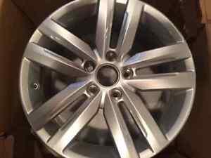 Jetta GLI wheel