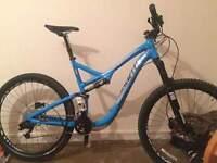 Specialized stumpjumper 2015 full suspension mountain bike
