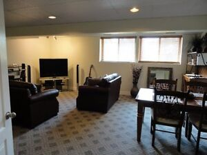 Bright, spacious, one bedroom, country home setting: Dec. 1st
