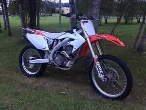 Motocross à échanger contre vtt 4x4 ou skidoo