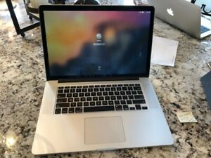 Macbook Pro 15 inch 2015 512GB of storage excellent condition
