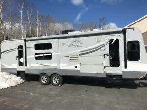 2011 OPEN RANGE 303BHS TRAVEL TRAILER ( 90.00 ) WE FINANCE