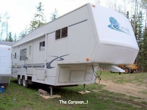 2000 Corsair Excella 5th Wheel
