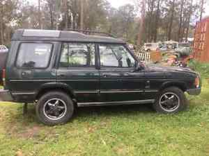 2 x 1995 Land Rover Discovery 3.9ltr V8 Auto Petrol/LPG Cameron Park Lake Macquarie Area Preview