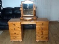 Pine 8 draw dresser table with mirror