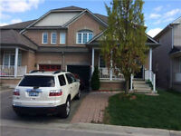 4Bedrooms 3 Washrooms   in Thomas And Churchill Meadows utilitie