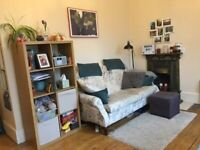 Come and view this 2 bedroom 1st floor flat to rent in Balham.