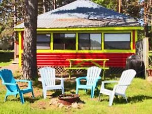 FABULOUS RED LAKEFRONT COTTAGE!!!! DONT MISS OUT!!