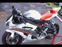 *Low Kilometer* 2009 Yamaha R6 Pearl White/Red