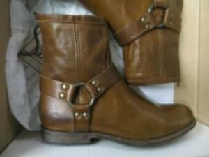 FRYE ankle boots size 8 NEW with box