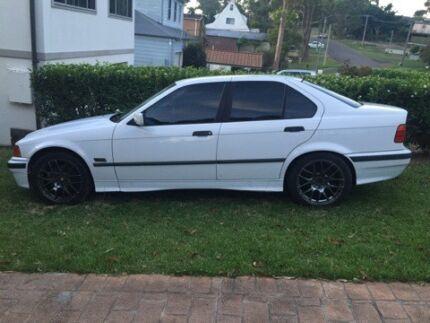 BMW 323i 1996