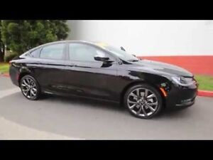 2015 Chrysler 200 Sport fully loaded