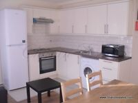*** CALLING ALL STUDENTS *** SPACIOUS 4 BED 2 BATH PROPERTY IN KENNINGTON - QUICK ACCESS TO KCL