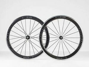 Roues vélo carbone Neuves bontrager aeolus comp 5 tubeless ready