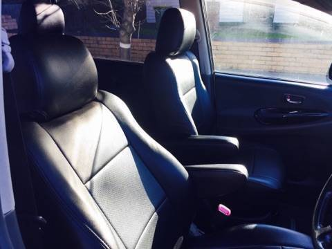 Rent Hire Lease 7 Seater People Mover In Melbourne Cars