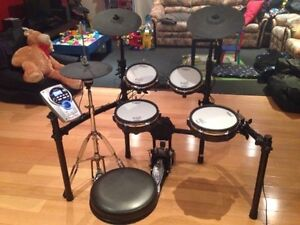 Roland TD15KV Electronic Drum Kit Mooroolbark Yarra Ranges Preview