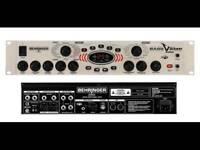 Berhinger Bass V-amp Pro