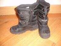 Tresspass snow boots size 5 £10