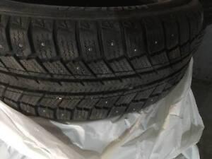 4 pneus d' hiver usagé