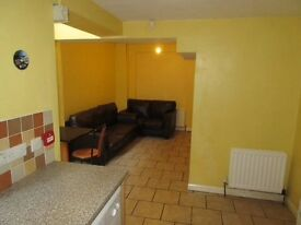 Great 3/4/5 Bed Student Houses & Apartments Double Beds